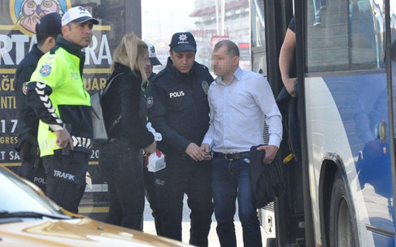 Belediye otobüsünde iğrenç hareket! Şoför kapıları kilitleyip polis çağırdı