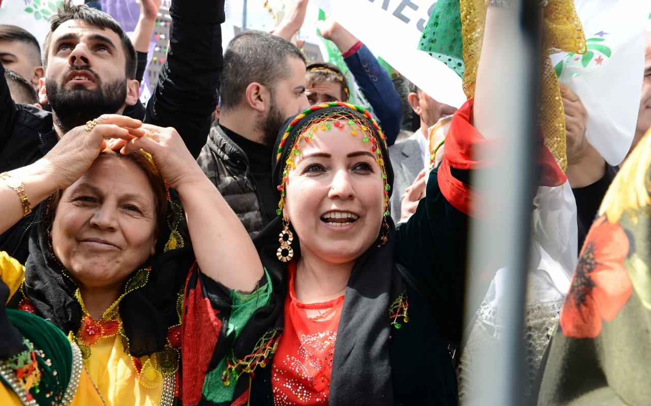Bakırköy'deki nevruz kutlamasından görüntüler