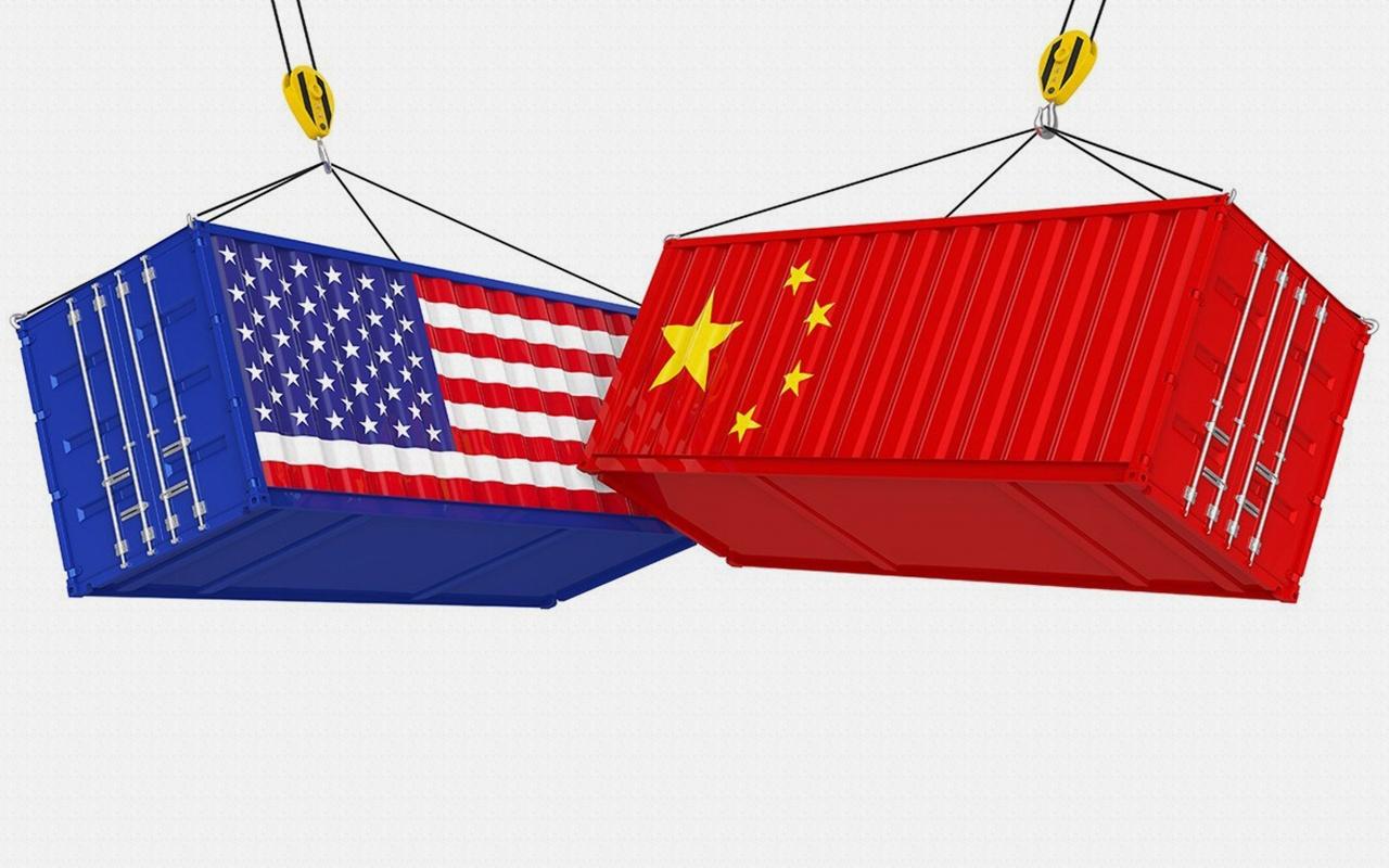 Donald Trump Çin'den yapılan ithalatta tarifeleri yeniden yükseltti