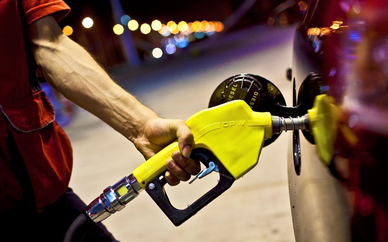Benzine bu gece zam geliyor! Geçen haftaki zamdan daha yüksek