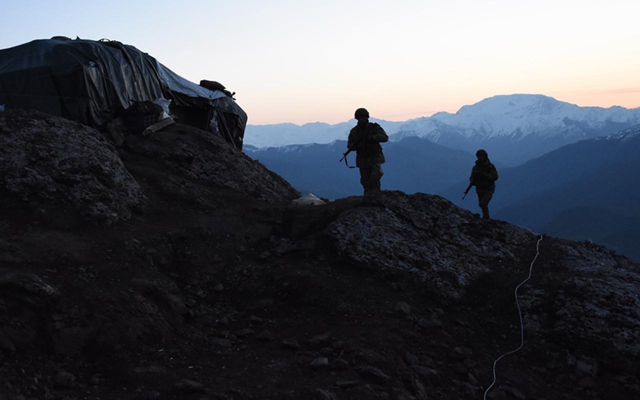 Sızmak isteyen PKK'lılarla göğüs göğüse çatıştılar üs komutanı olay anını anlattı