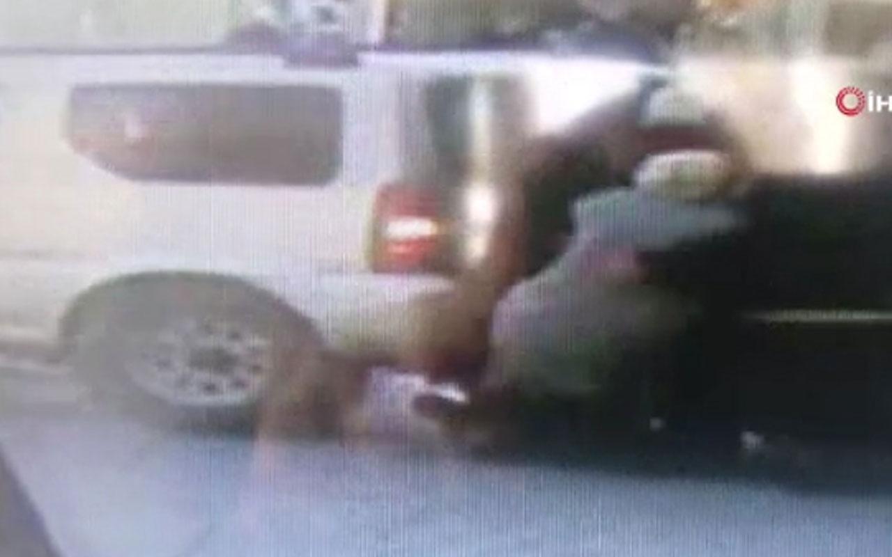 Profesör Zeki Fındıkoğlu'nun cipiyle yayaların arasında daldığı kaza kamerada