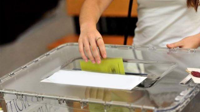 Son seçim anketi sonuçları 10 il bıçak sırtı - Sayfa 12