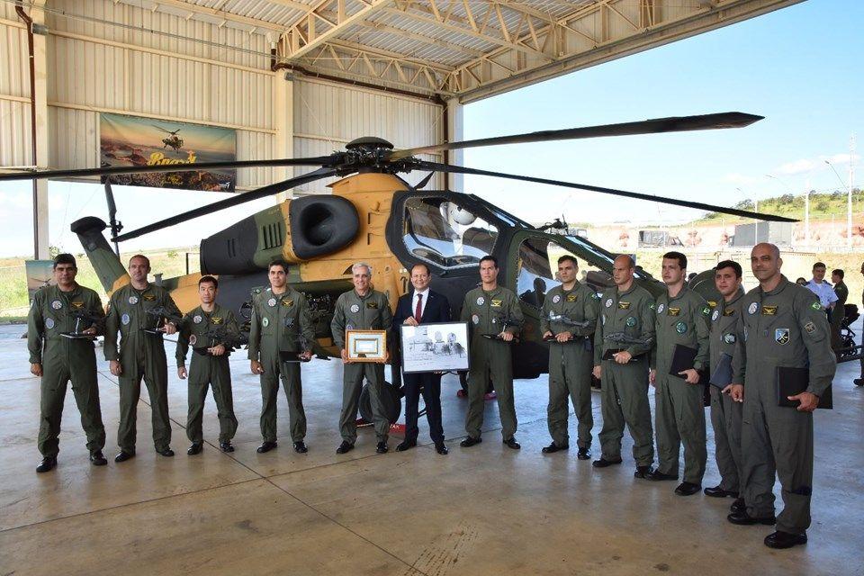 T129 Atak helikopteriden Brezilya'da gövde gösterisi