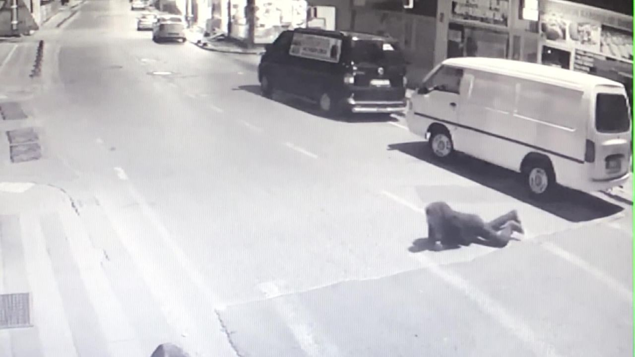 Çekmeköy'de pompalı tüfekle vurdu kamera görüntüleri ortaya çıktı - Sayfa 4