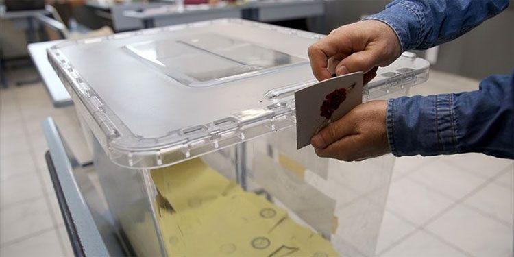 Seçim anketi Adil Gür'den! 25-30 il el değiştirecek AK Parti, HDP ve CHP var - Sayfa 17