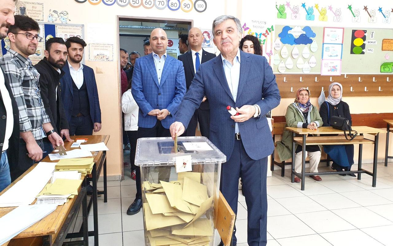 Abdullah Gül ve eşi Hayrünnisa Gül Beykoz'da oyunu kullandı