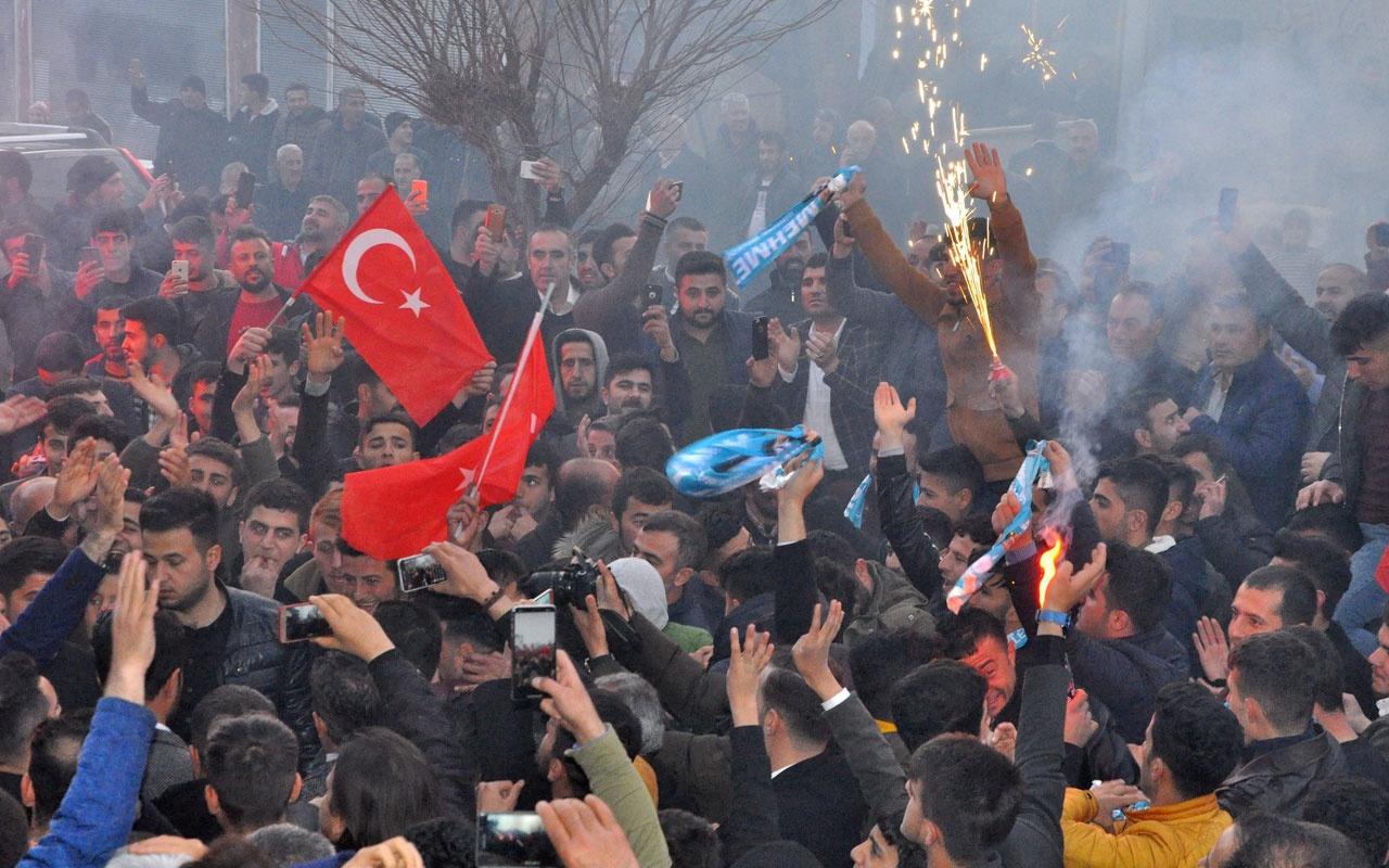 AK Parti Şırnak'ta kutlamalara başladı