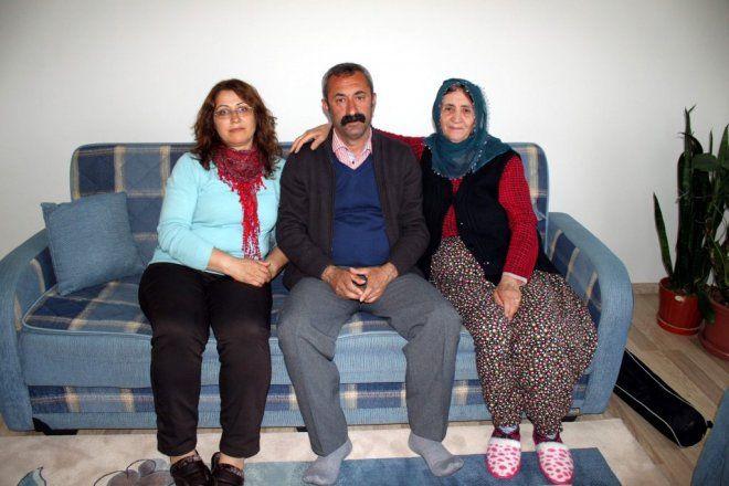 TKP'li Fatih Mehmet Maçoğlu kimdir eşi Gülistan Maçoğlu ev hallerini anlattı - Sayfa 4