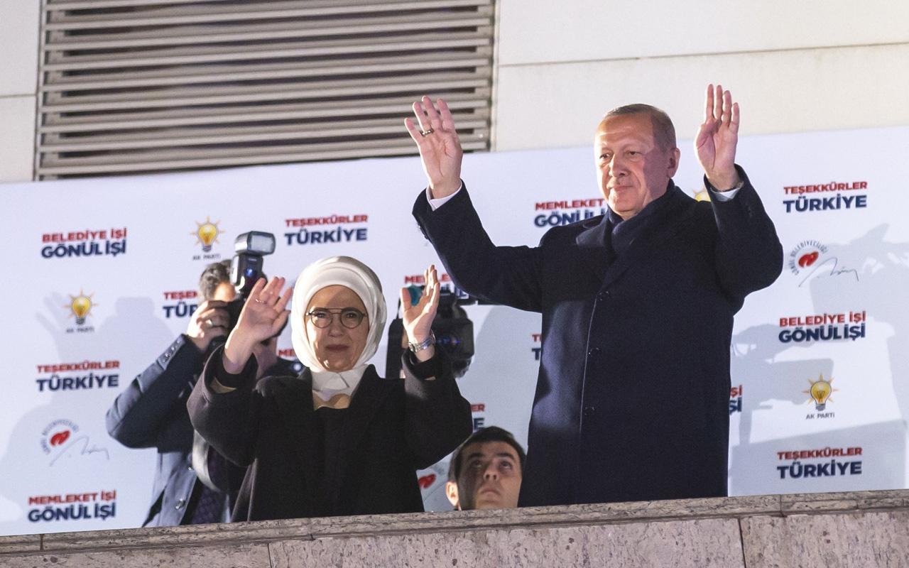 Cumhurbaşkanı Erdoğan'dan çok kritik balkon konuşması!