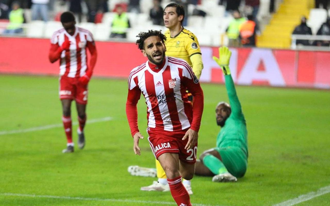 Galatasaray'da Douglas sesleri yükseliyor