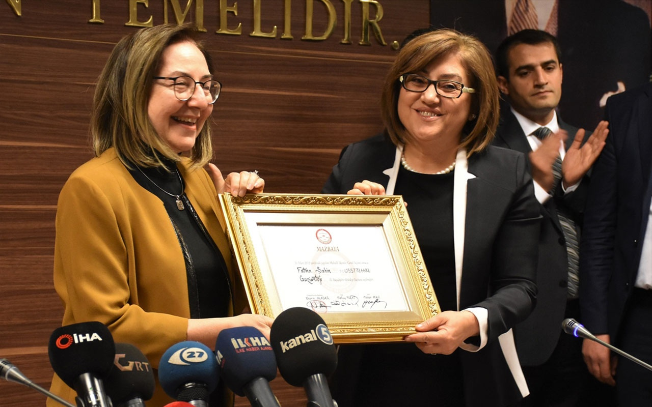 Gaziantep'te Fatma Şahin mazbatasını aldı