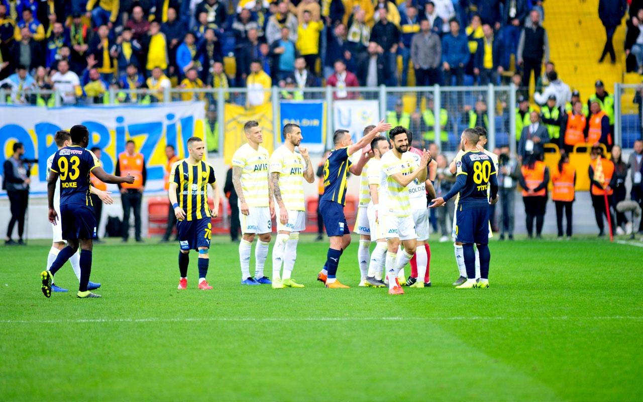Fenerbahçeli yıldız için olay sözler: Kendisini Iniesta sanıyor