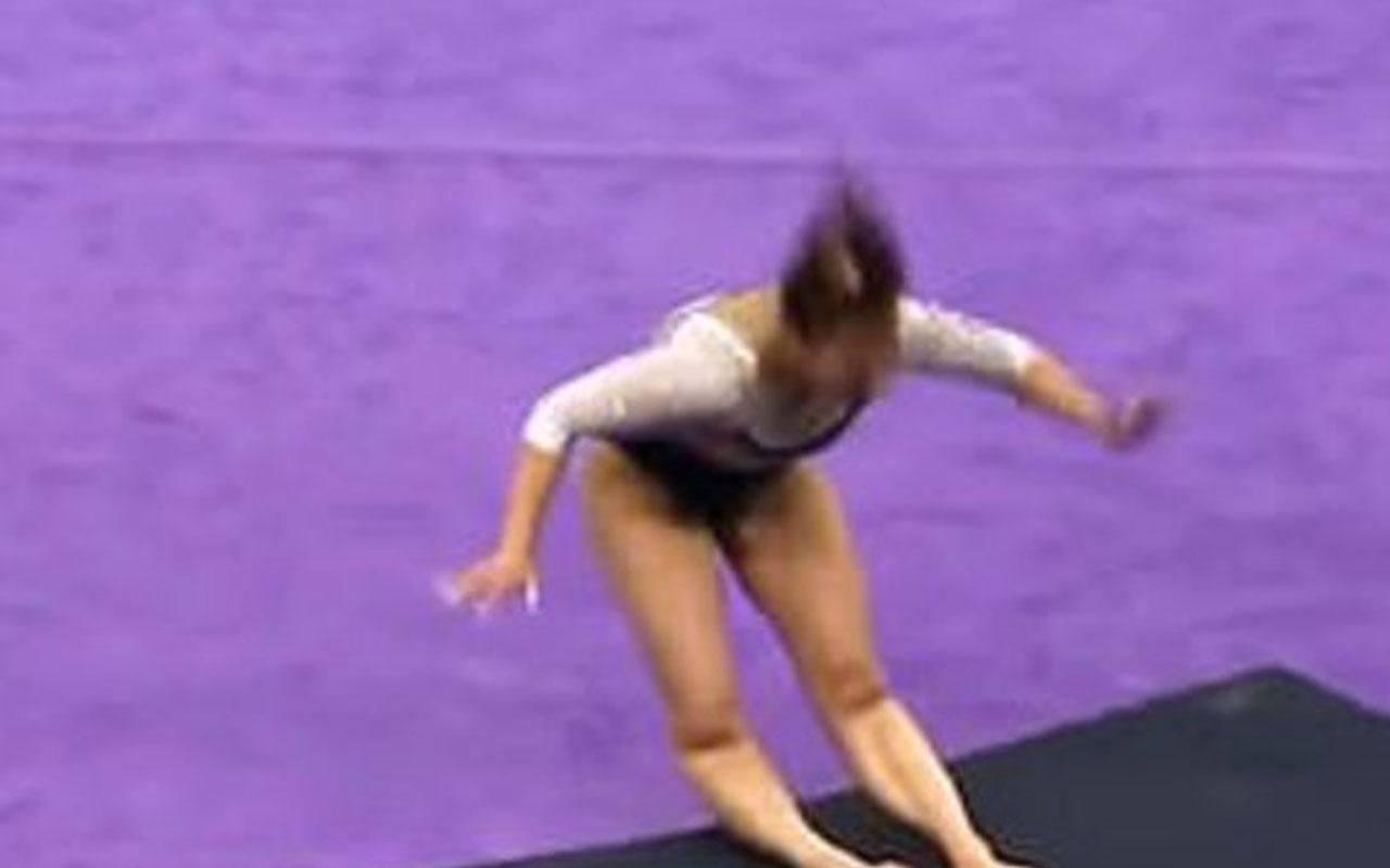 Korkunç görüntü! Cimnastik gösterisi sırasında iki bacağını kırdı!
