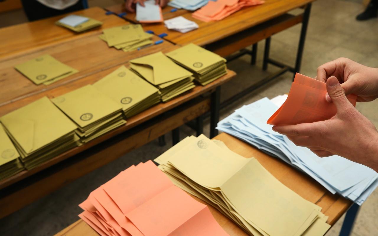 CHP Maltepe'deki yeniden sayım kararı için harekete geçti