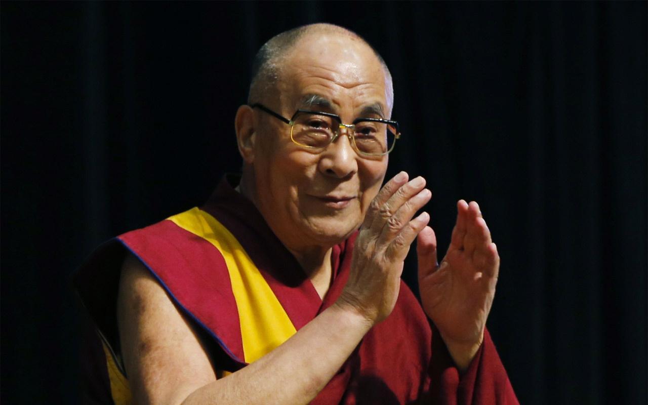 Dalay Lama Hindistan'da hastaneye kaldırıldı