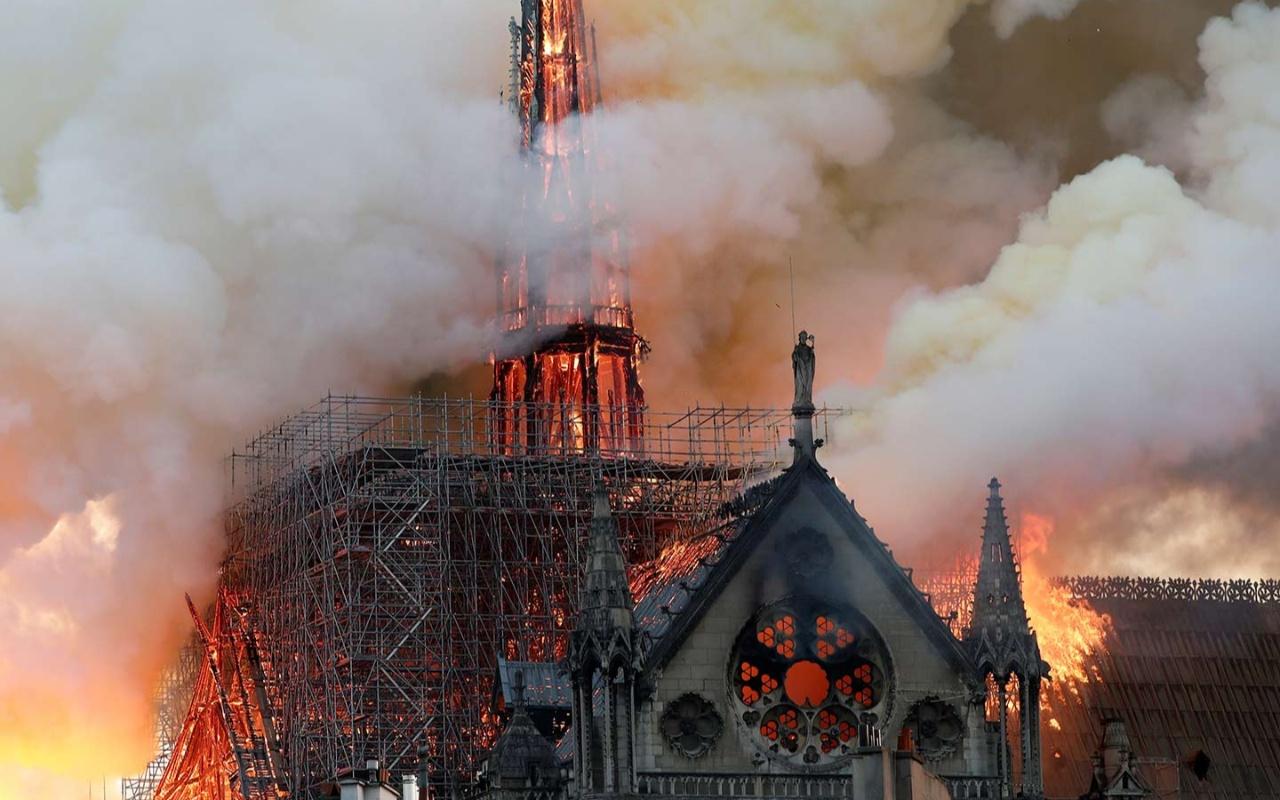 Notre Dame Katedrali'ndeki yangının sebebi belli oldu