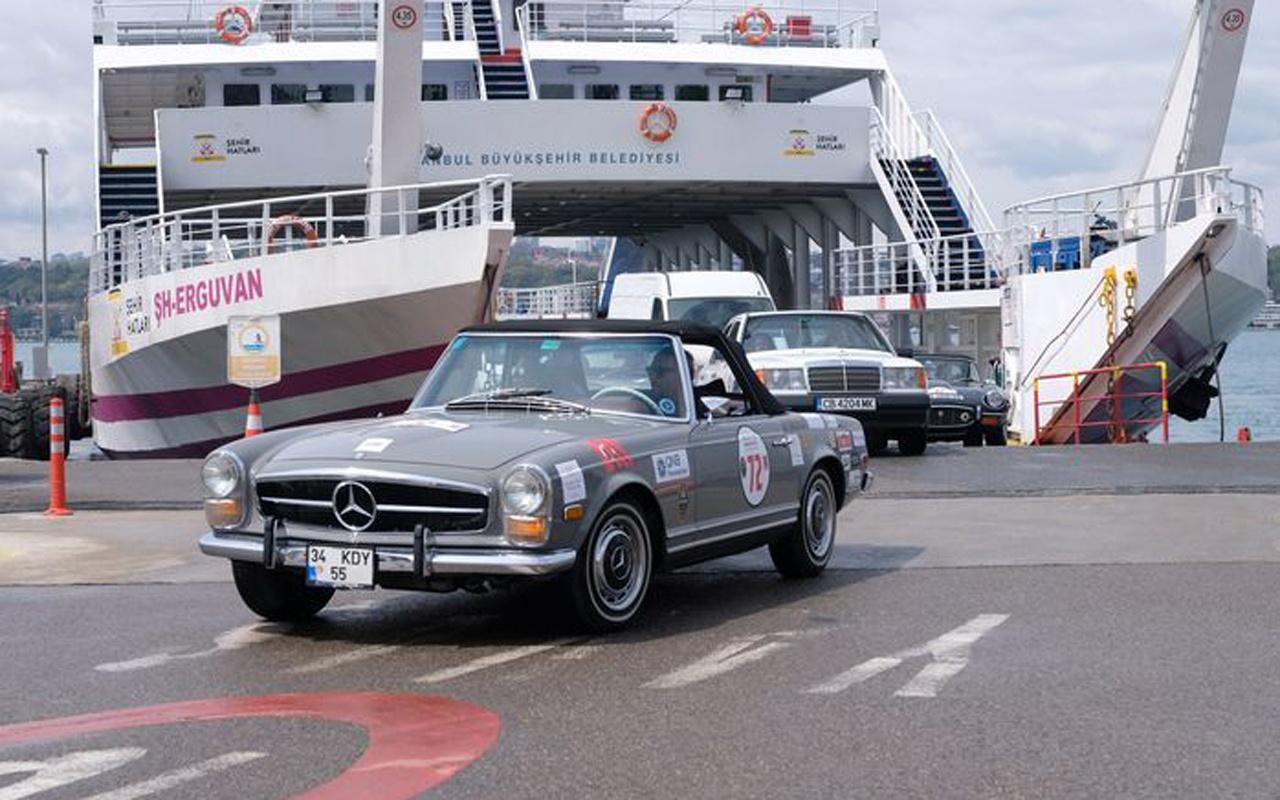 Klasik otomobiller yola çıktı! 'Bahar Rallisi'ne start verildi