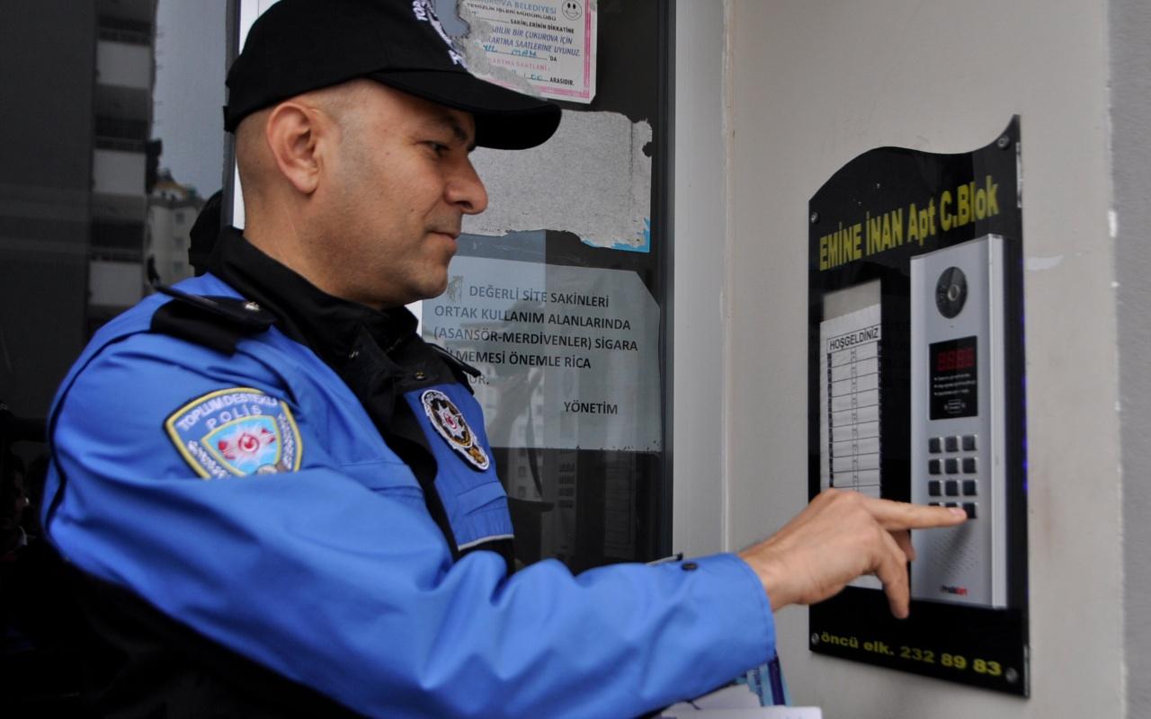 Adana'da 'Hırsızım' diyene kapı açtılar