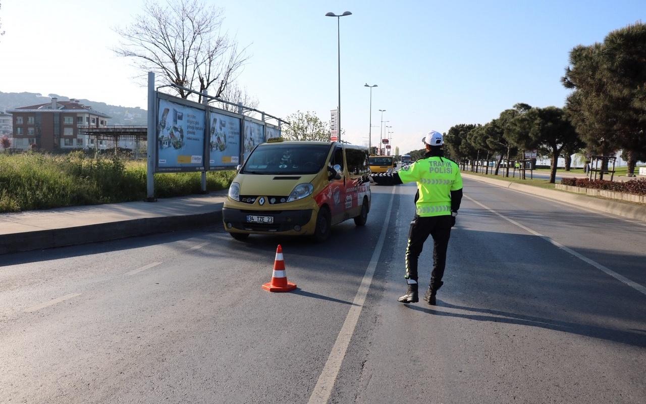 Miting nedeniyle sahil yolu trafiğe kapatıldı