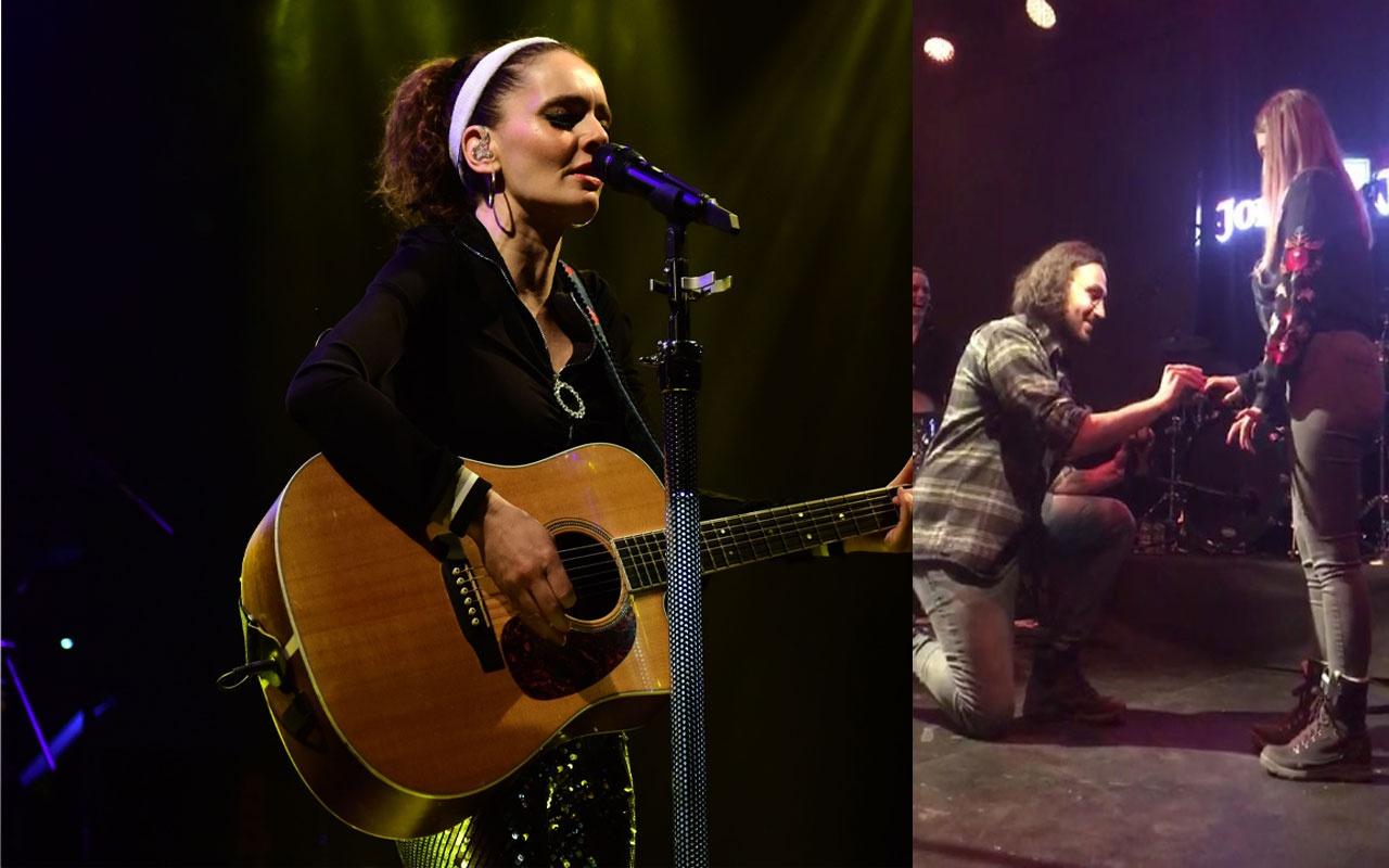 Nil Karaibrahimgil'in Bursa konserinde sürpriz evlenme teklifi