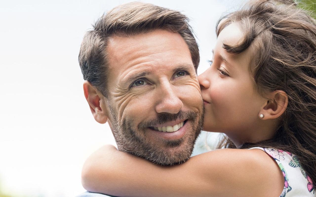 Babalar günü duygusal kısa resimli babalar günü mesajları