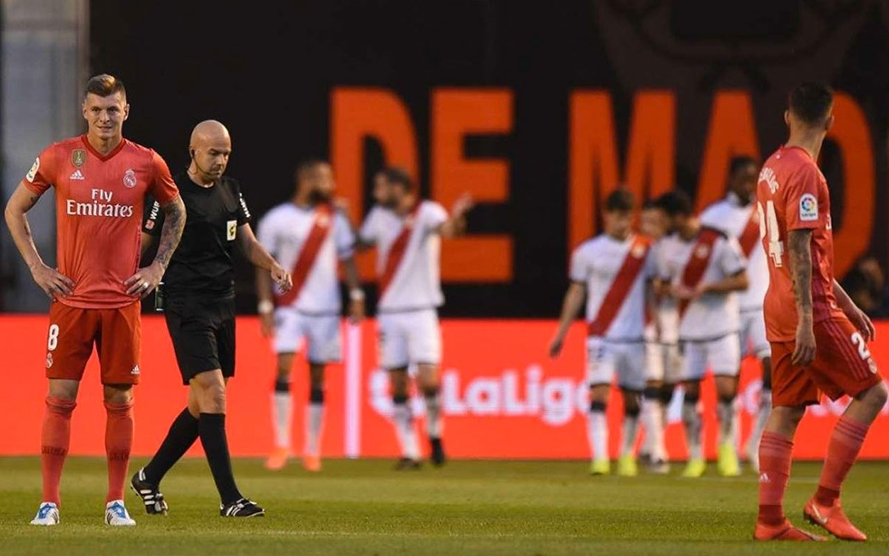 Rayo Vallecano'dan Real Madrid'e darbe