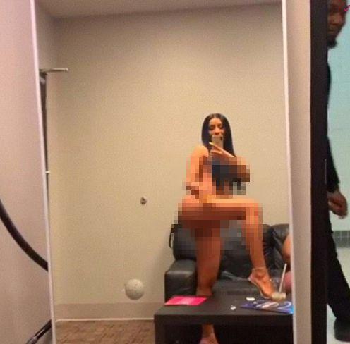 Dünyaca ünlü şarkıcının çıplak videosu 'yok artık' dedirtti