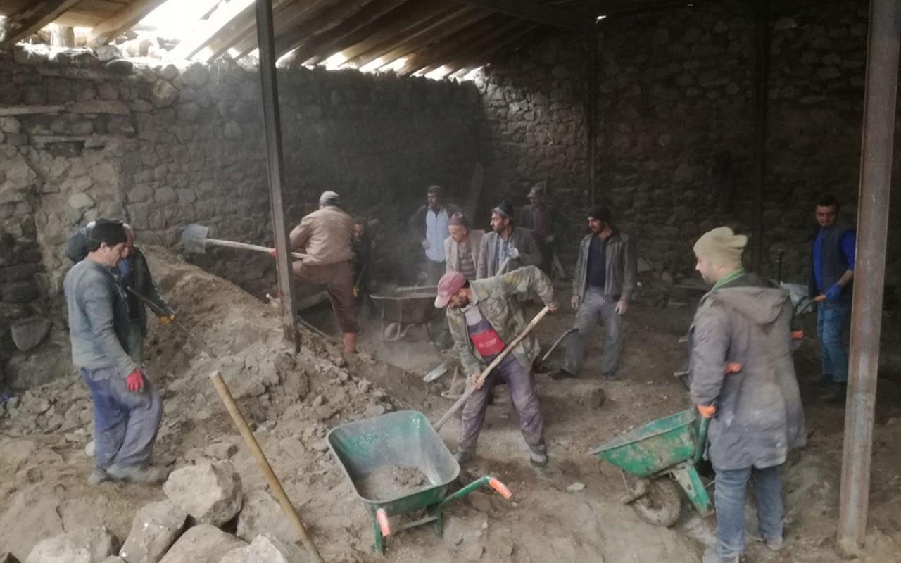 Erzurum'da ahır çatısının çökmesi sonucu facia : 2 ölü, 2 yaralı