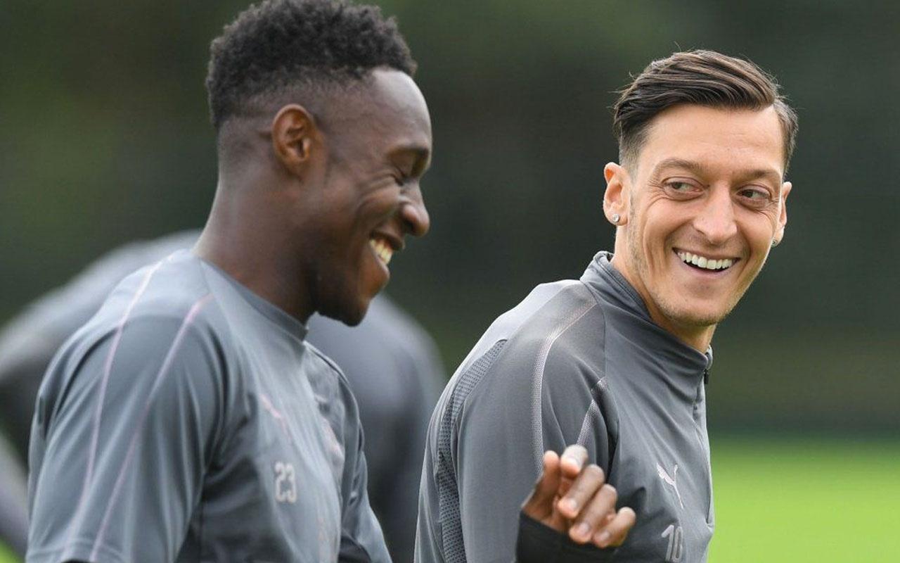 Arsenal yıldız oyuncu ile ayrılığı resmen duyurdu