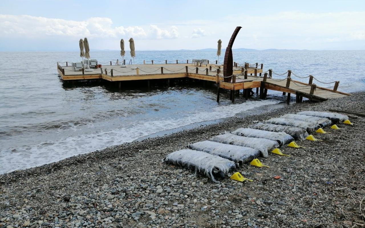 Balıkesir ve Çanakkale'de uyuşturucu paketleri karaya vuruyor