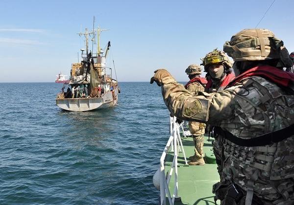 Ukrayna 3 Türk balıkçı teknesine el koydu - Sayfa 2