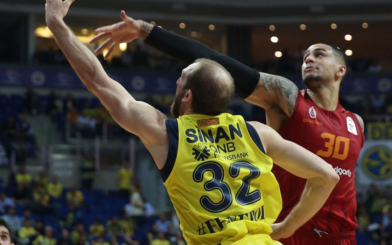 Fenerbahçe, Galatasaray karşısında serisini sürdürdü