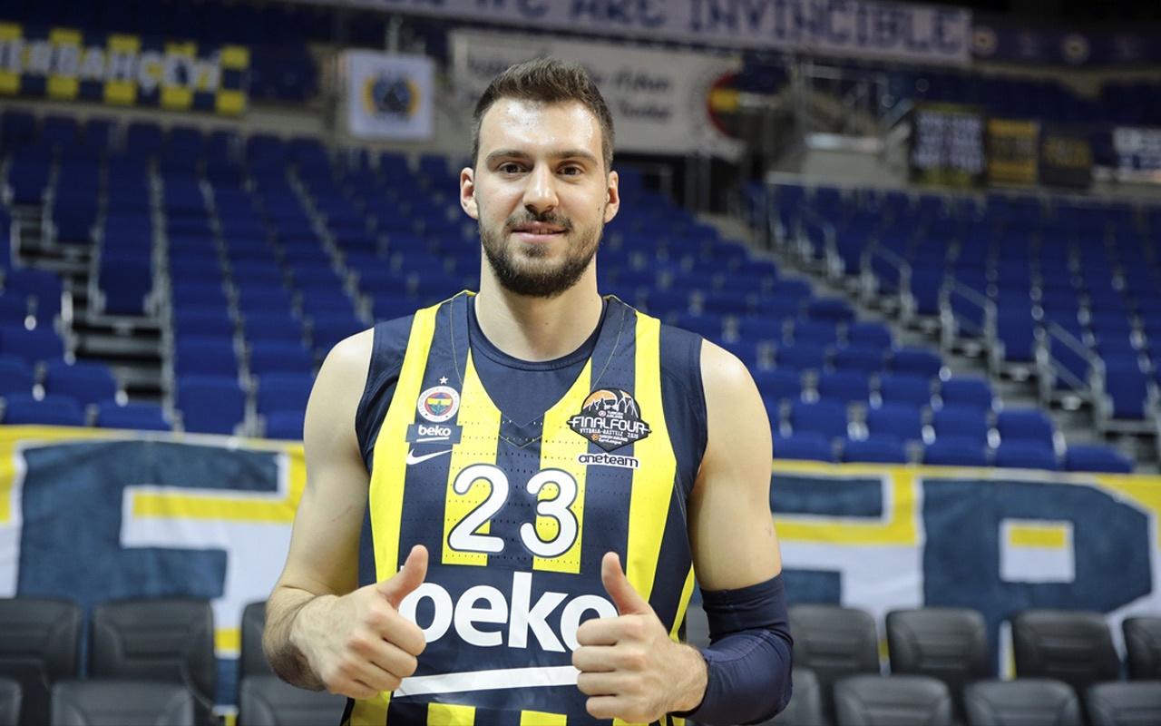 Marko Guduric Andolu Efes'in kilit oyuncusunu açıkladı