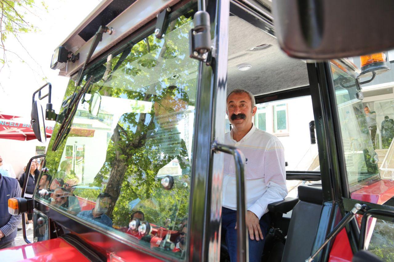 Tunceli'nin Komünist Başkanı Mehmet Fatih Maçoğlu'na traktör hediye etti - Sayfa 4