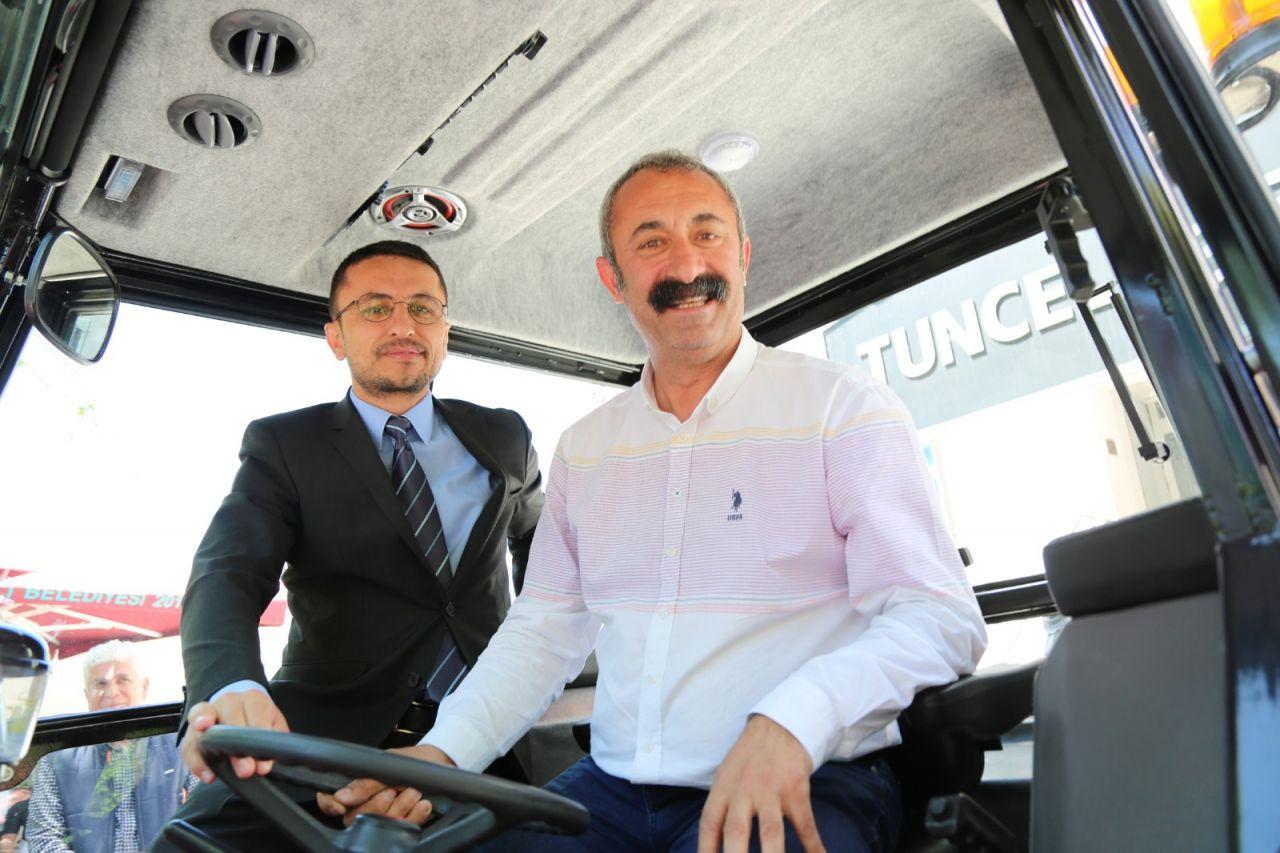 Tunceli'nin Komünist Başkanı Mehmet Fatih Maçoğlu'na traktör hediye etti - Sayfa 3