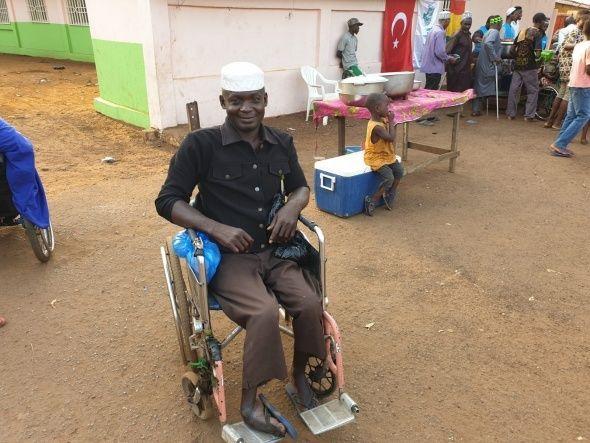 Mobil iftar araçları yoksullara ulaşıyor