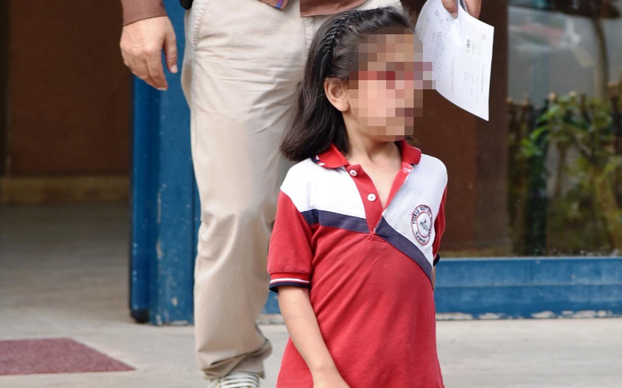 Anneden arkadaşlarının kalemini alan kızına inanılmaz ceza