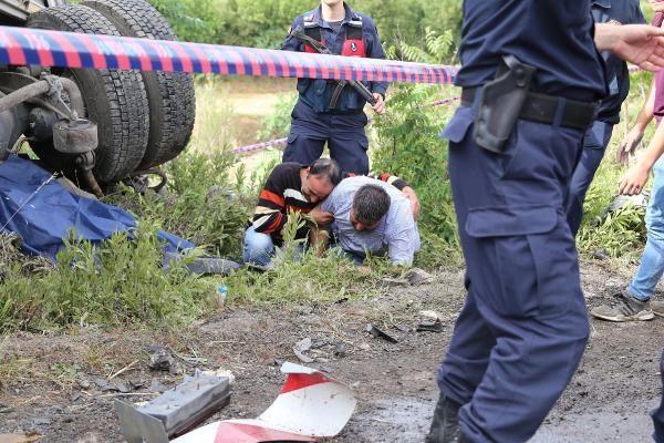 TIR ile otomobil çarpıştı: 1 ölü, 2 yaralı - Sayfa 5