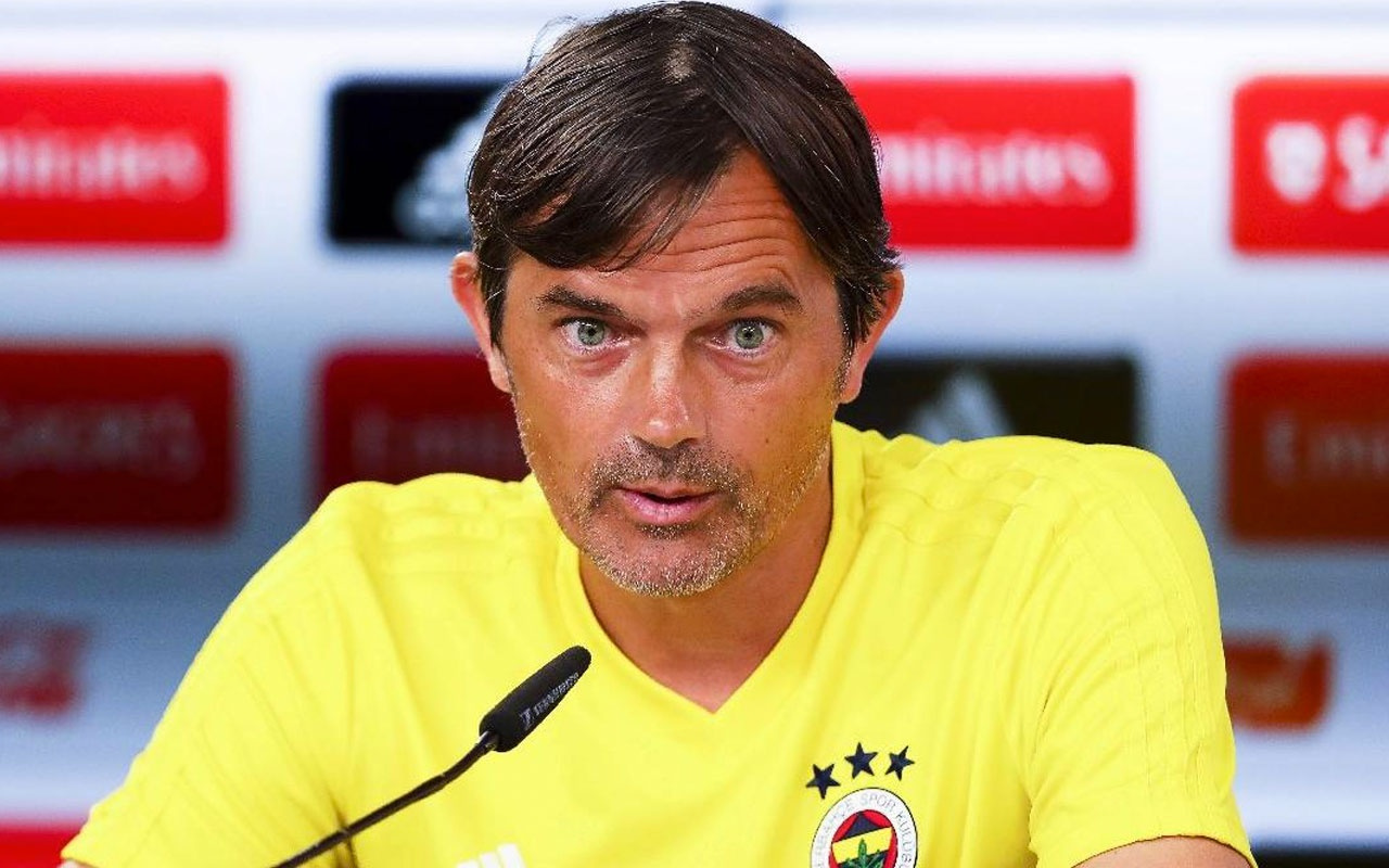 Phillip Cocu'ya La Liga'dan sürpriz talip