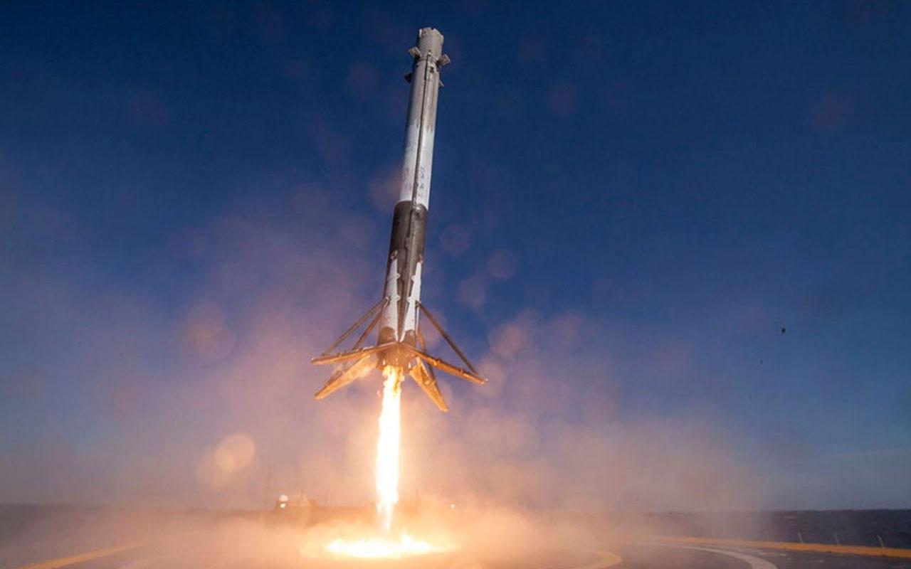 Elon Musk'ın çığır açacak projesi için uzaya 60 uydu fırlatıldı