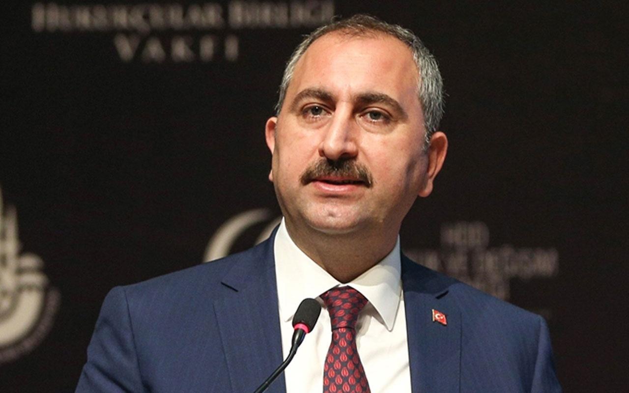 Tepki çeken etek boyu tartışmasına ilişkin Adalet Bakanı Gül ilk kez konuştu