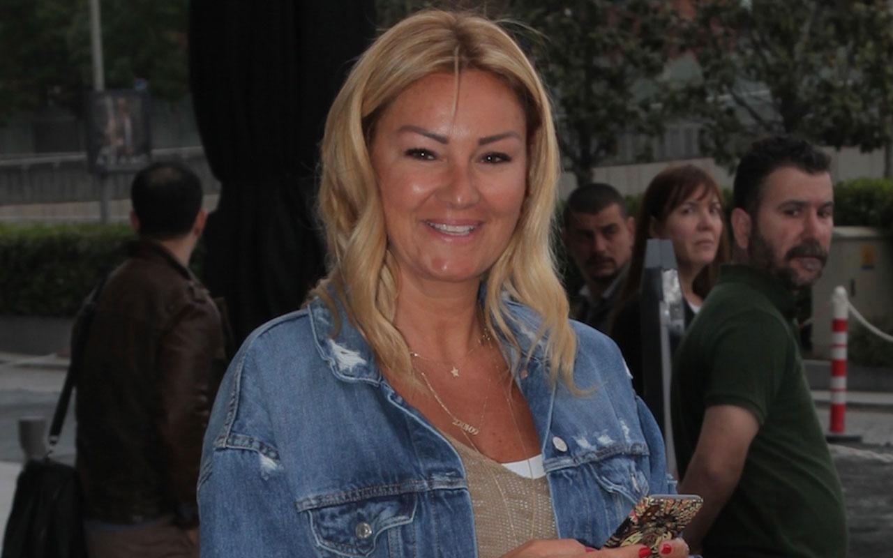 Pınar Altuğ bu sefer isyan edip herkese koltuk altı uyarısı yaptı