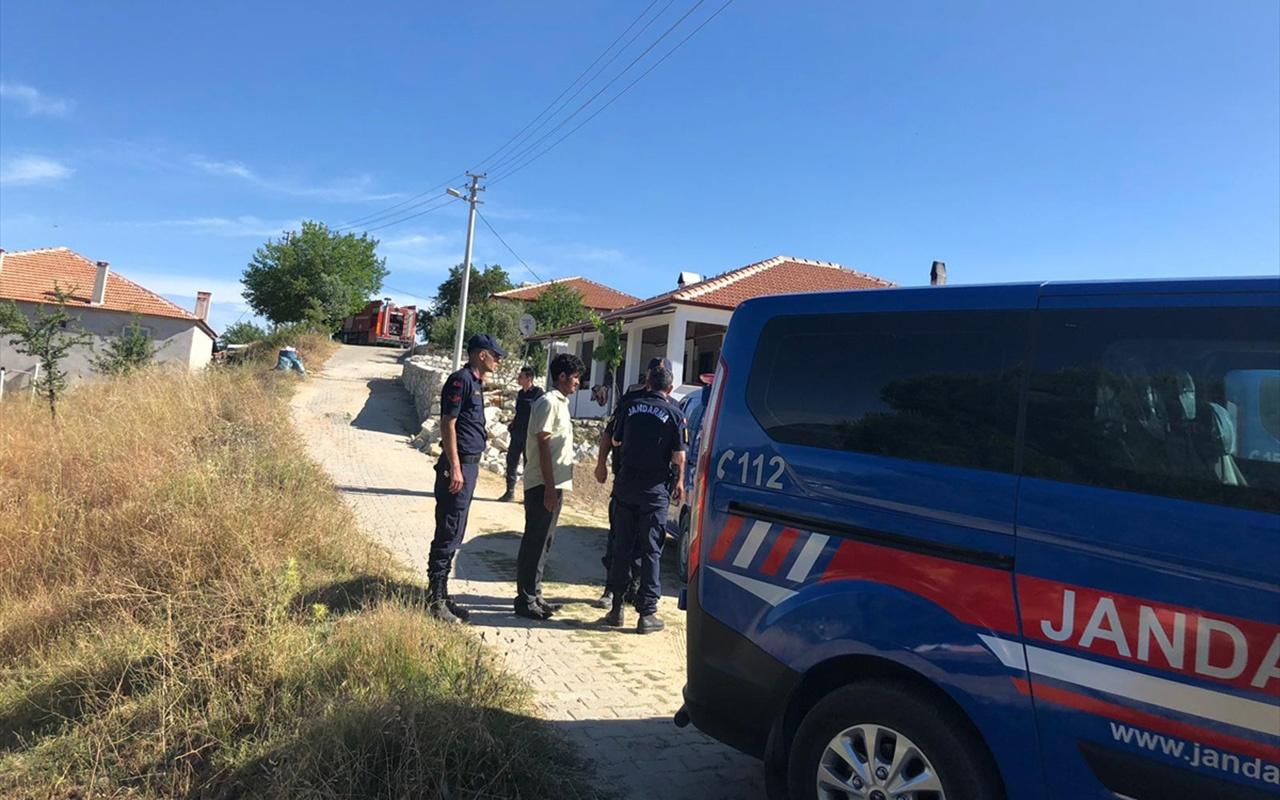 Muğla'da dehşet Bıçakladı tüfekle vurdu evini ateşe verdi