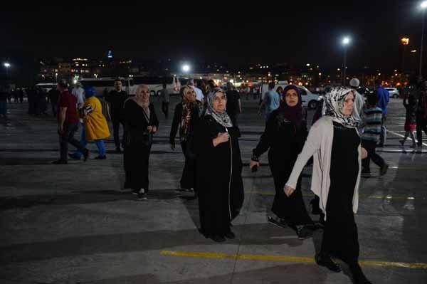 Yenikapı'da Enderun usulü teravih namazı kılındı - Sayfa 8
