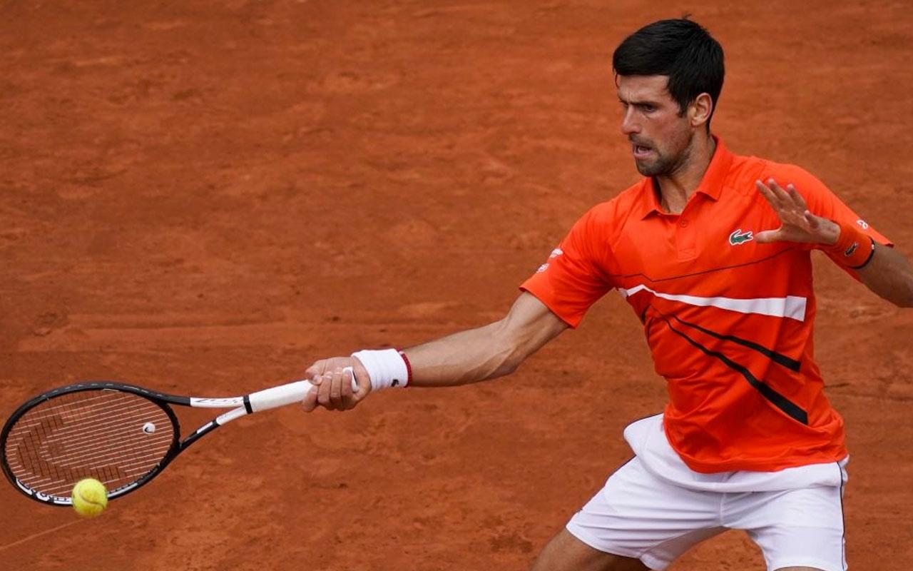 Sırp Novak Djokovic ve Rumen Simona Halep çeyrek finale yükseldi