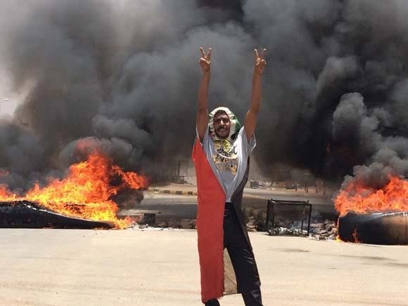 Sudan'da ölü sayısı 100'ü geçti - Sayfa 4