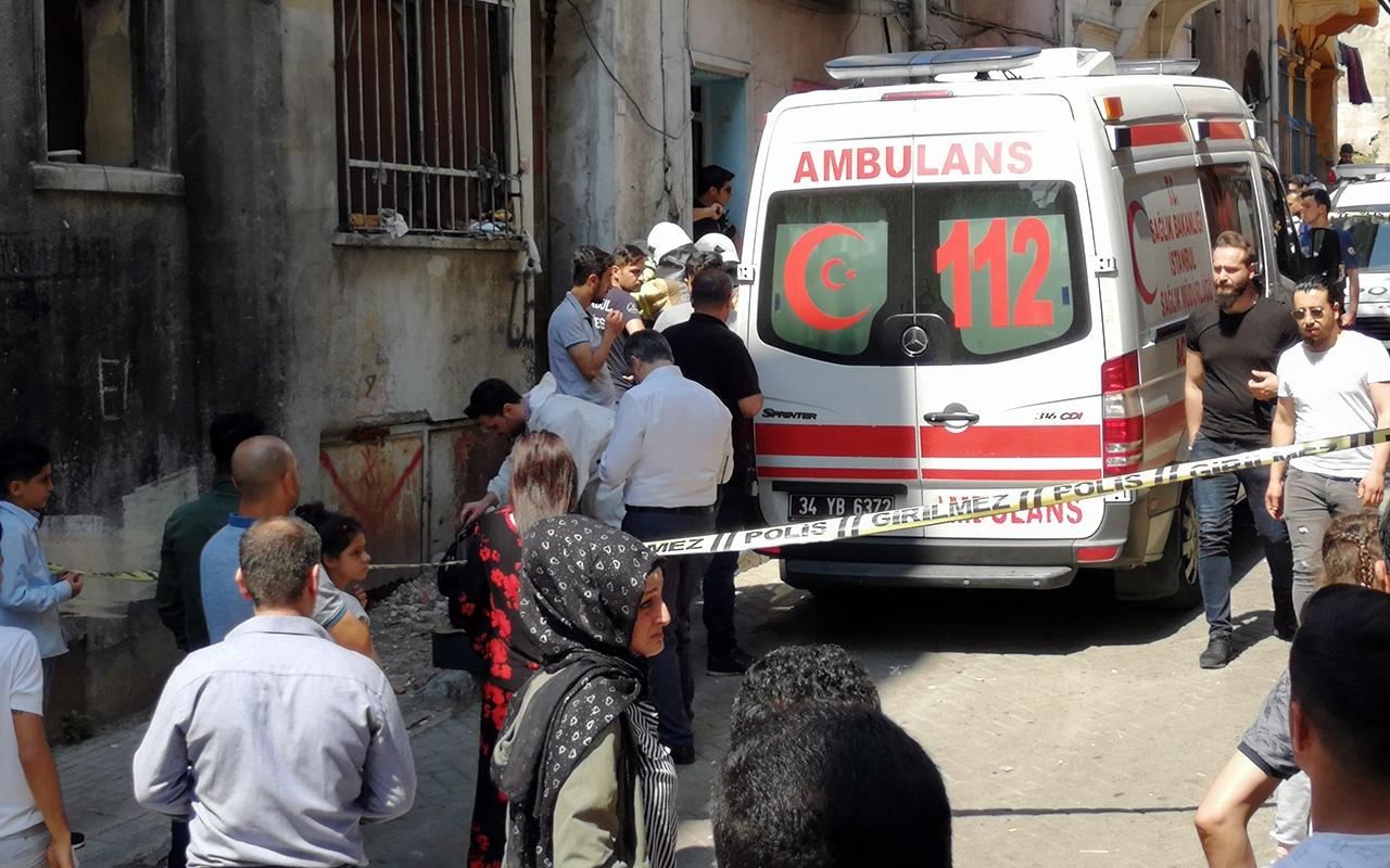 İstanbul Beyoğlu'nda genç kız evinin çatısında ölü bulundu