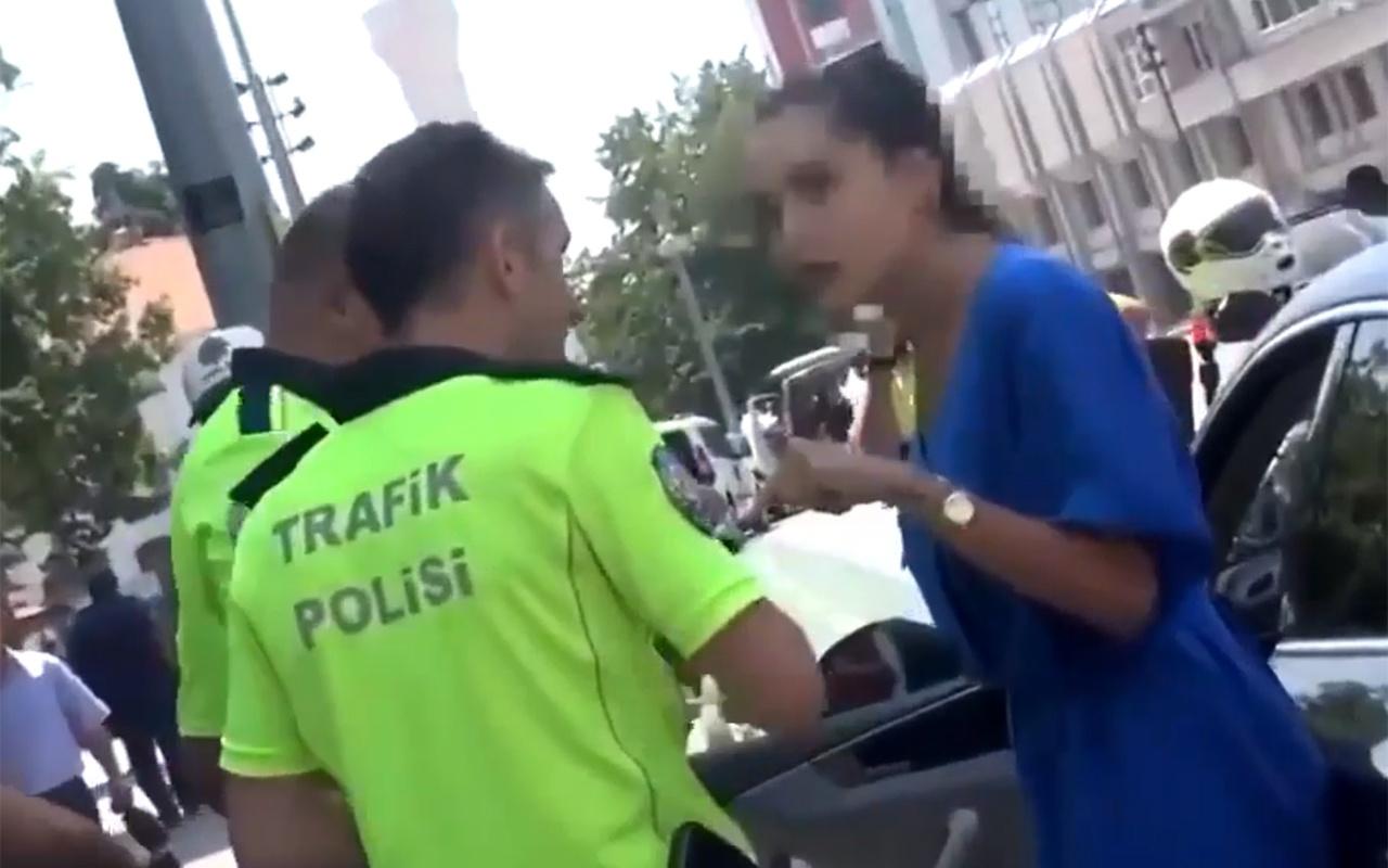 Sakarya'da polis ile tartışan kadın sosyal medyada olay oldu