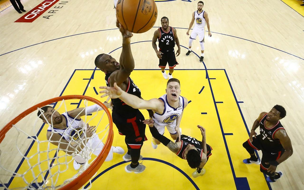 Toronto Raptors şampiyonluğa bir galibiyet uzakta